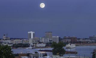 US - Evansville supermoon - 9-78-2014